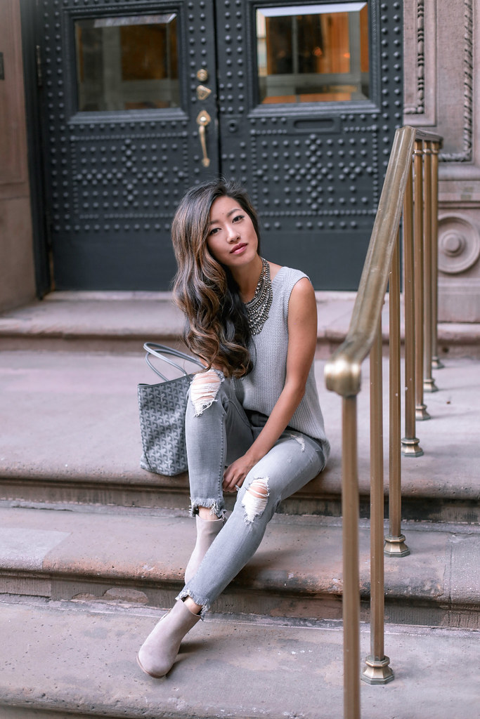 gray-on-gray-travel-outfit-1