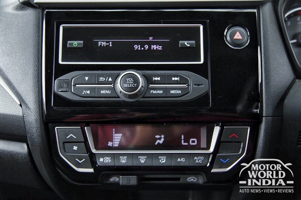 Honda-BRV-Interior-Dashboard (7)