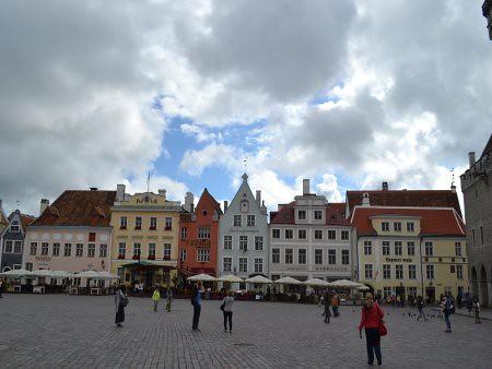Tallinn piata Raekoja 1