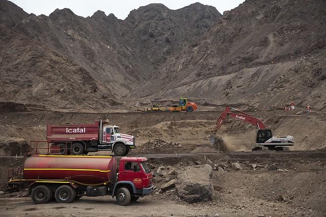 Obras de mitigación de aluviones en la Quebrada Farellones, en Antofagasta (1)