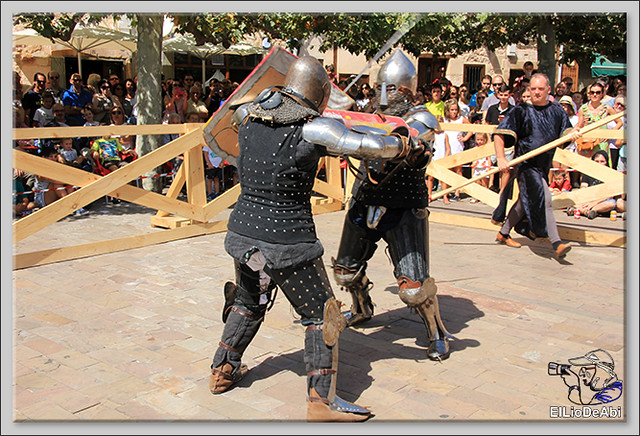 Poza de la Sal, Feria de Artesanía y Alimentación y Combates medievales (14)