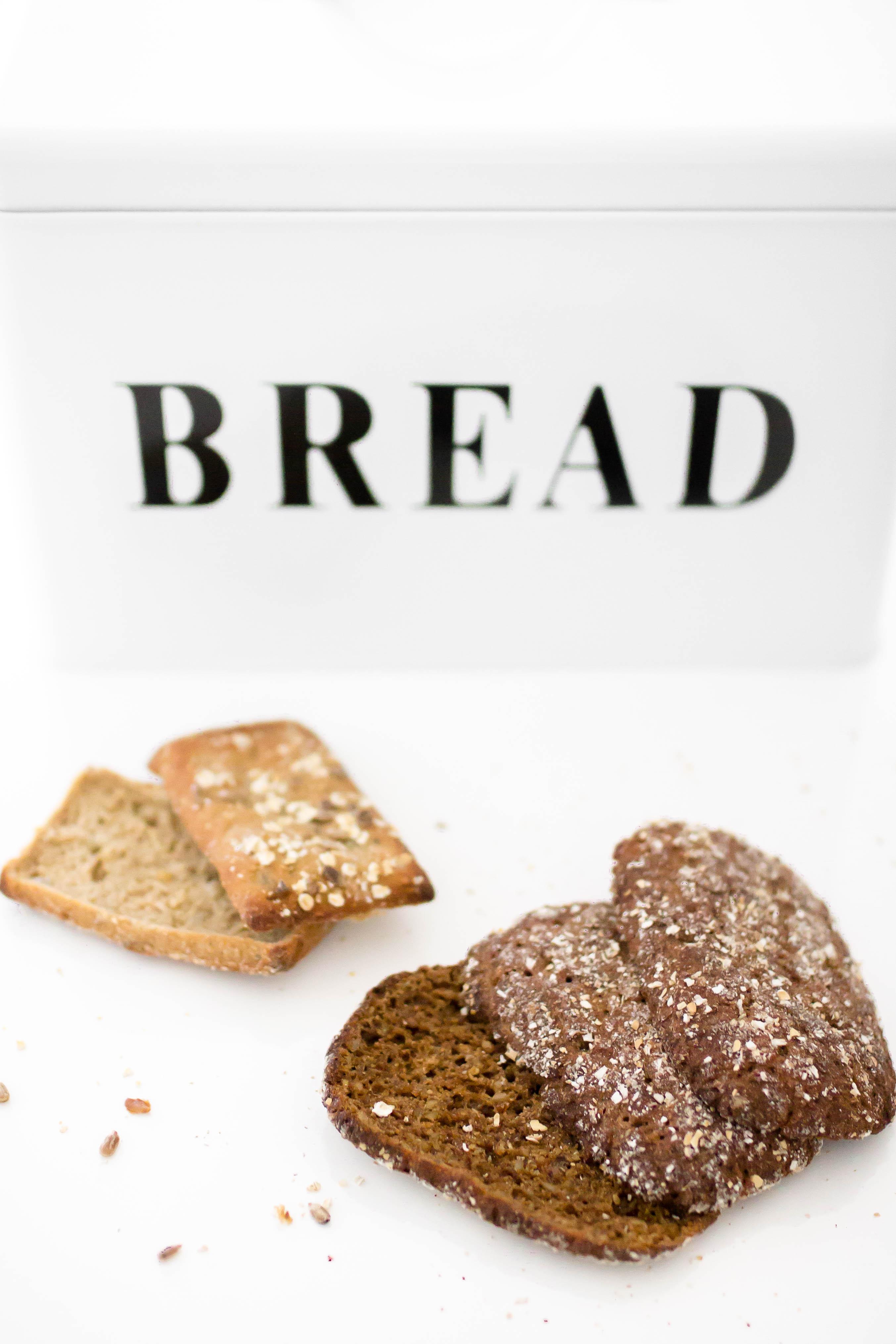 leivän syönti