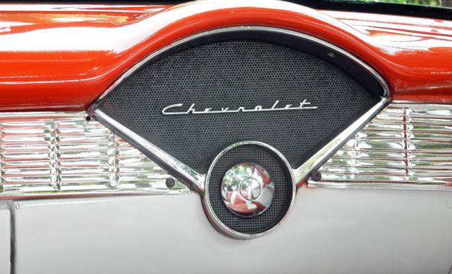chevrolet-1956-dashboard