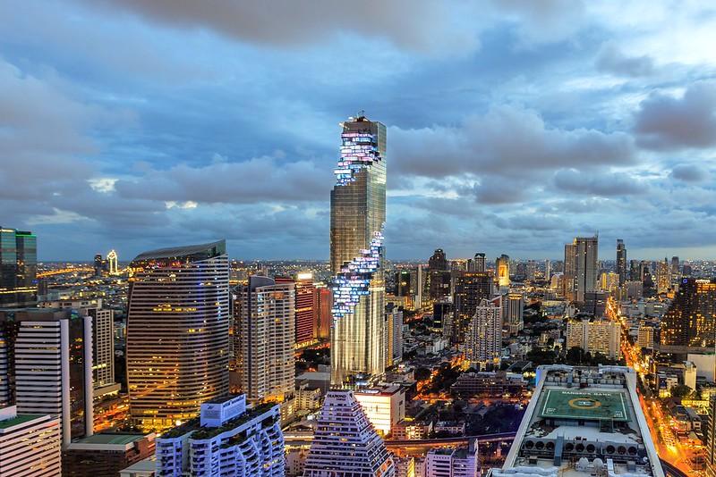Самая высокая башня Таиланда MahaNakhon Tower