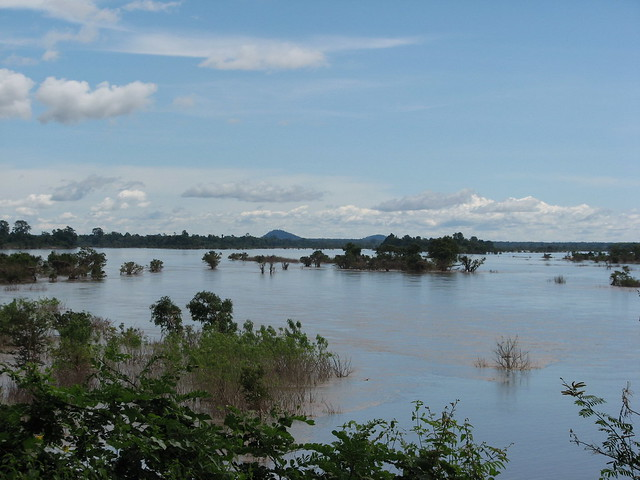 Mekong floodplain, Cambodia. Photo by WorldFish, 2011.