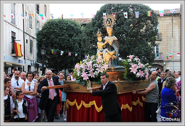 Briviesca Fiestas 2016 Procesión del Rosario y canto popular de la Salve  (10)