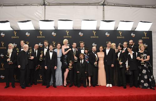 Se mofan de Donald Trump en la entrega de los Emmy