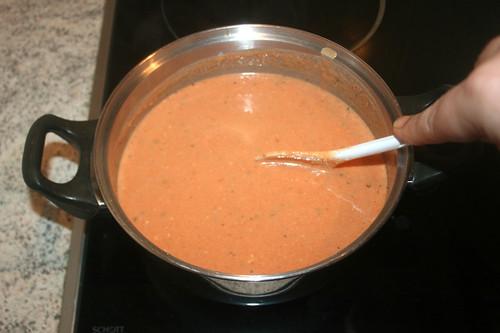 27 - Sauce köcheln lassen / Let sauce simmer
