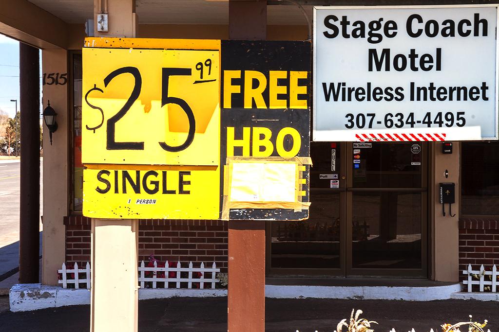 Stage-Coach-Motel--Cheyenne