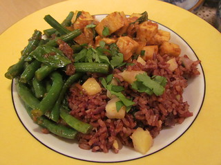Bhutanese Pineapple Rice; Green Beans with Thai Basil; Red Thai Tofu