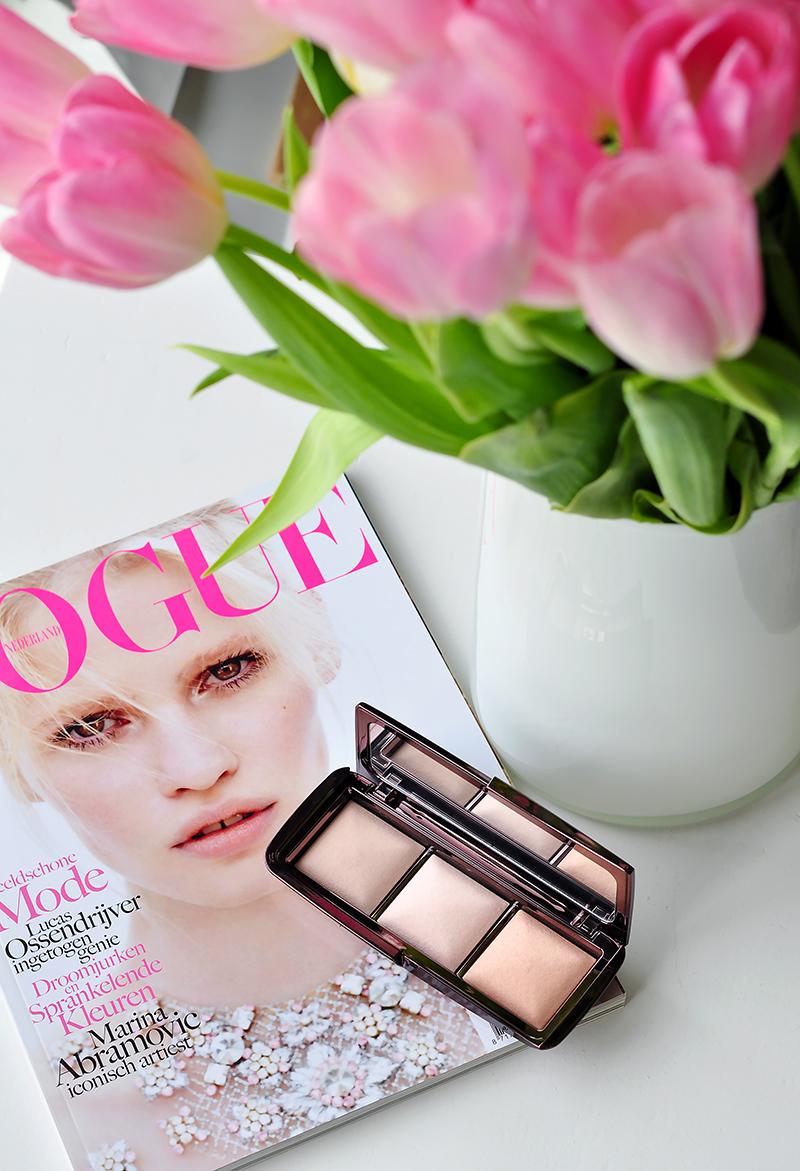 stylelab-beauty-blog-hourglass-ambient-lighting-palette-3