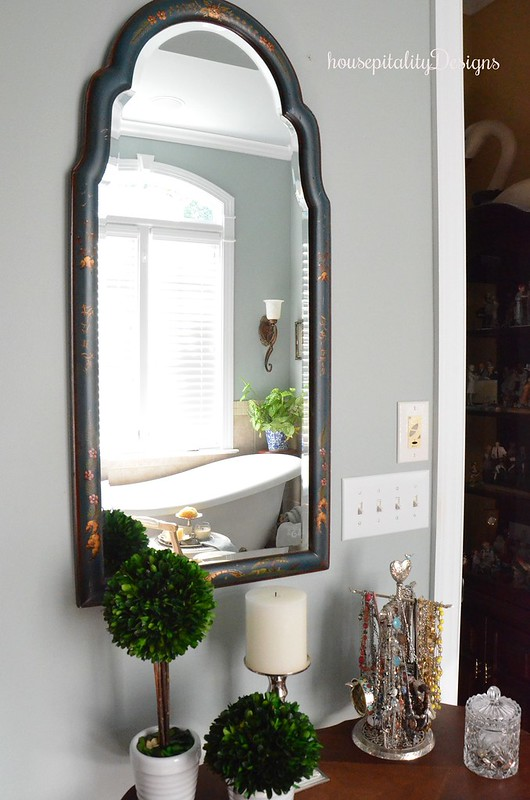 Master Bathroom - Mirror - Housepitality Designs