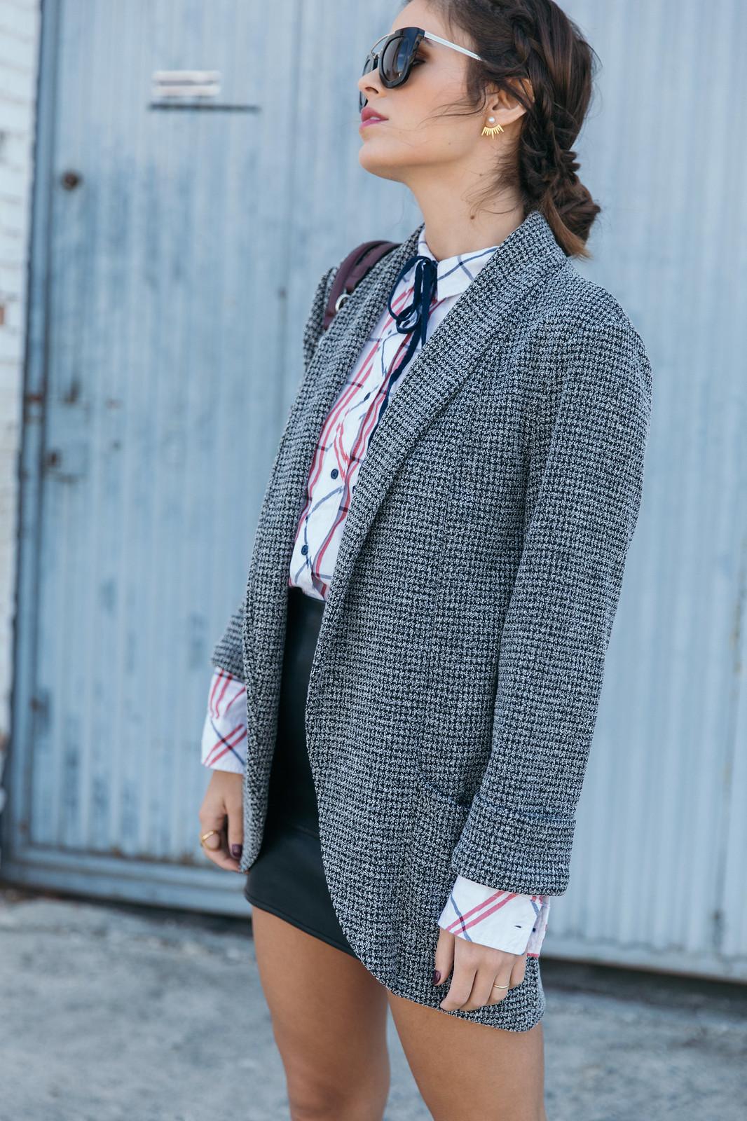 Jessie Chanes Seams for a desire - Black Boots Itshoes Parfois bag faux leather skirt-4