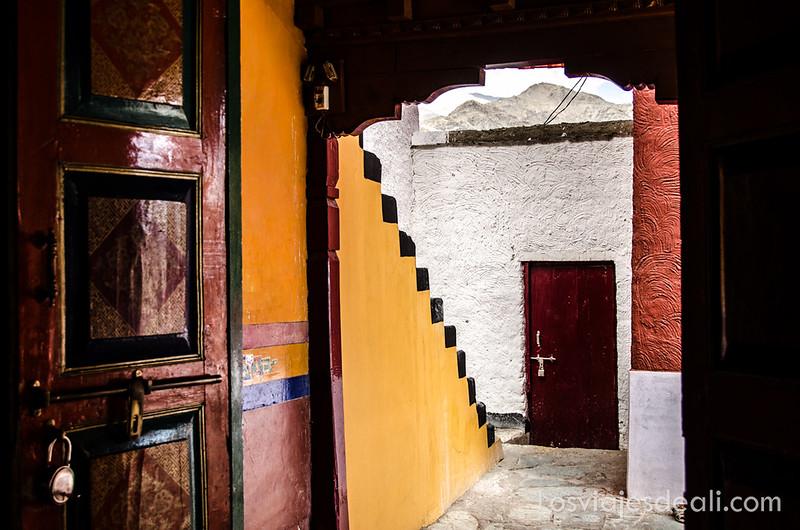 valle del indo rincones de Thiksey monastery