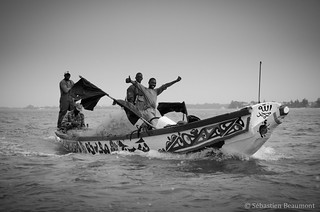 Return of the fishermen, Mbour | by Joss Bomal