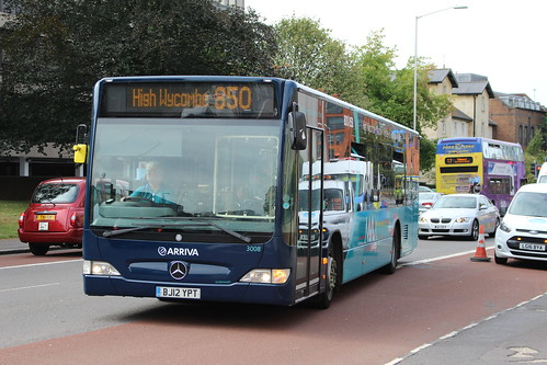 Arriva Midlands (Shires) 3008 on Route 850, Reading