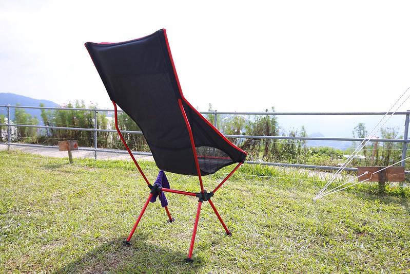 體積可以縮很小的椅子