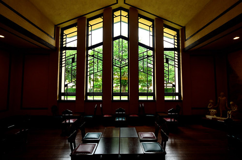 Hall and window (1) @Jiyu Gakuen Myounichikan | by KMrT(1800mlph)