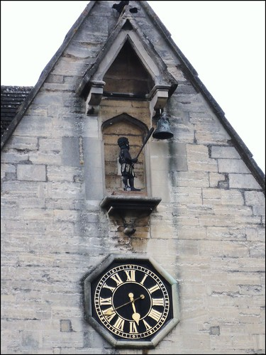 Stroud ... clock stopped. | by bazzadarambler
