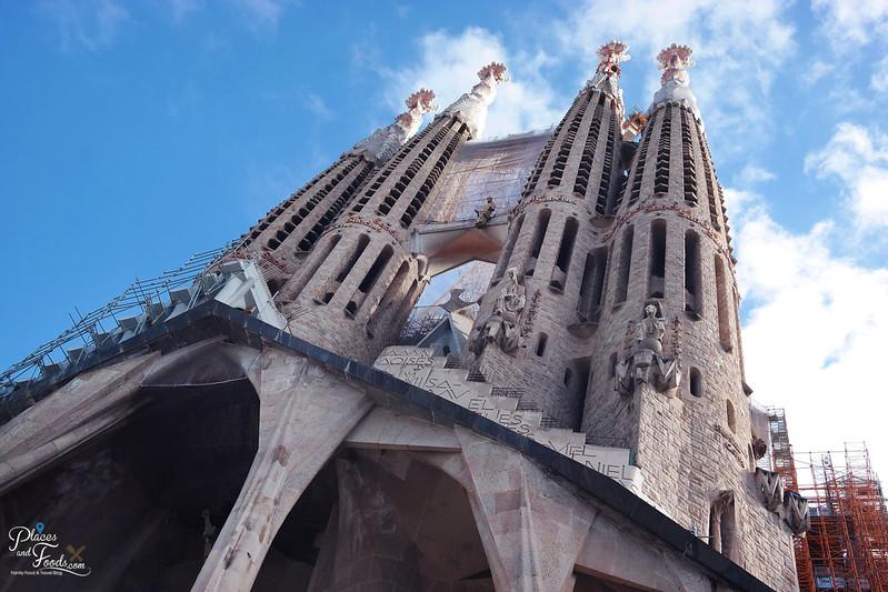 sagrada familia barcelona back view