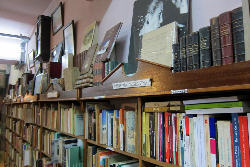 Buenos Aires - Monserrat: Librería de Avila