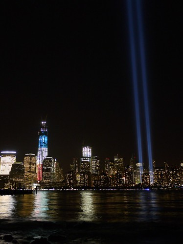 9/11/2012 - Skyline with Tribute in Light & new World Trade Center | by bkfrogma