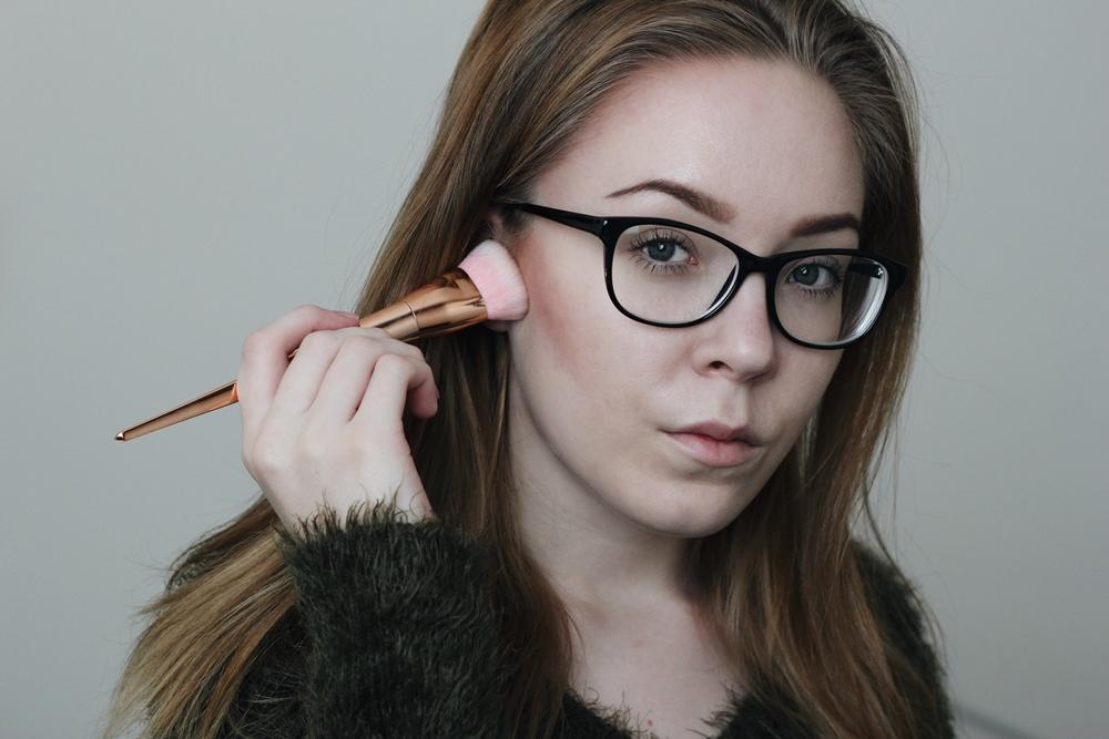 la girl contour stick bronzer