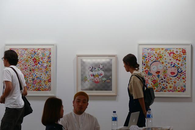村上隆の作品はジャカルタでも人気(コウジュコンテンポラリーアート(京都))。