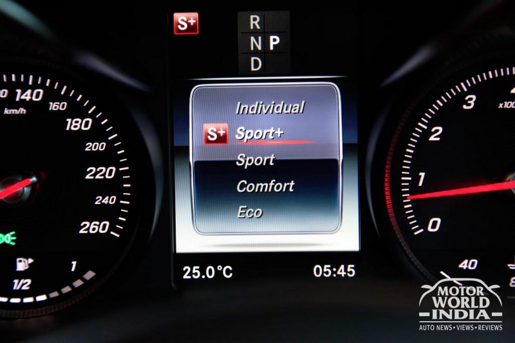 Mercedes-Benz-GLC-Interior-Instrument-Cluster (3)