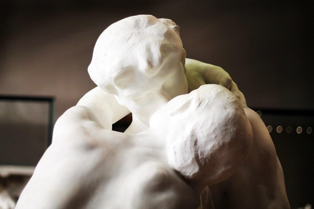 Drawing Dreaming - visitar o Museu Rodin - O Beijo