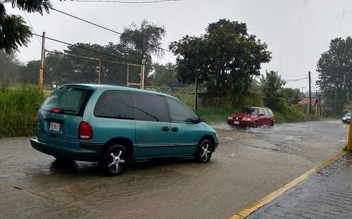 Llaman a evacuar 13 colonias en Huauchinango por intensas lluvias