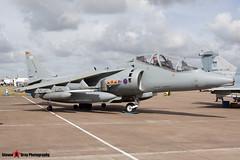 ZH657 108 - TX005 - Royal Air Force - British Aerospace Harrier T12 - Fairford RIAT 2010 - Steven Gray - IMG_8282