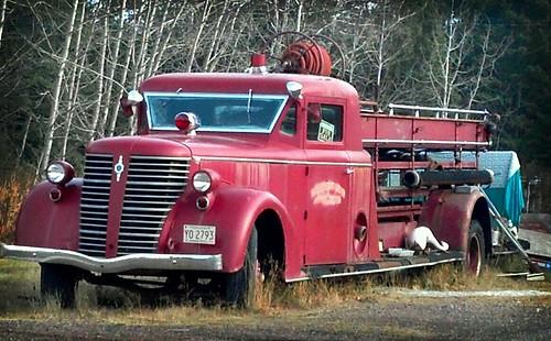 old fire truck for sale at a local junkyard the biggest flickr. Black Bedroom Furniture Sets. Home Design Ideas