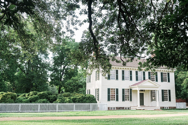 Colonial Williamsburg home.