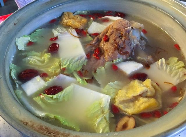 PoPo-Steamboat-Superior-pork-bone-soup