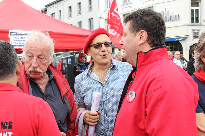 16/09/2016 - Manifestation en soutient aux travailleurs de Caterpillar