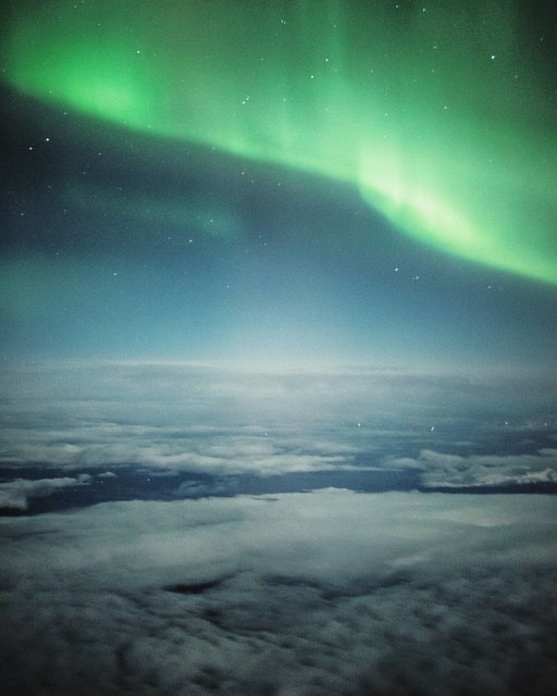 What a beautiful world we live in!! 😍🌍 I can't believe what we got to see on our return flight to Finland from Iceland! I've always been dreaming of seeing the auroras from a plane. Last night was a G1-class geomagnetic storm and t