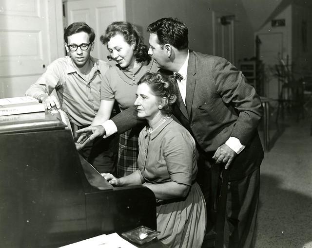 CarlKauffman,JudithFischer,A.Cosenza,EugieTPassera(piano)