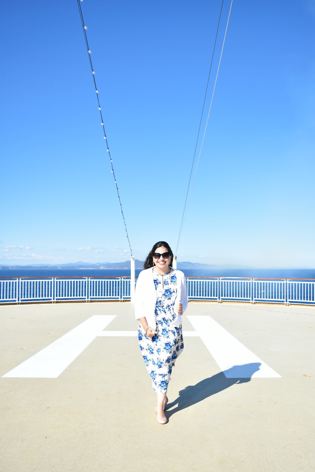 Mediterranean cruise outfit