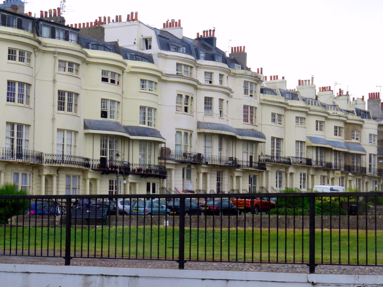 Regent houses en Brighton en Inglaterra brighton - 28281201324 b1756bfc08 o - Brighton, la playa de Londres