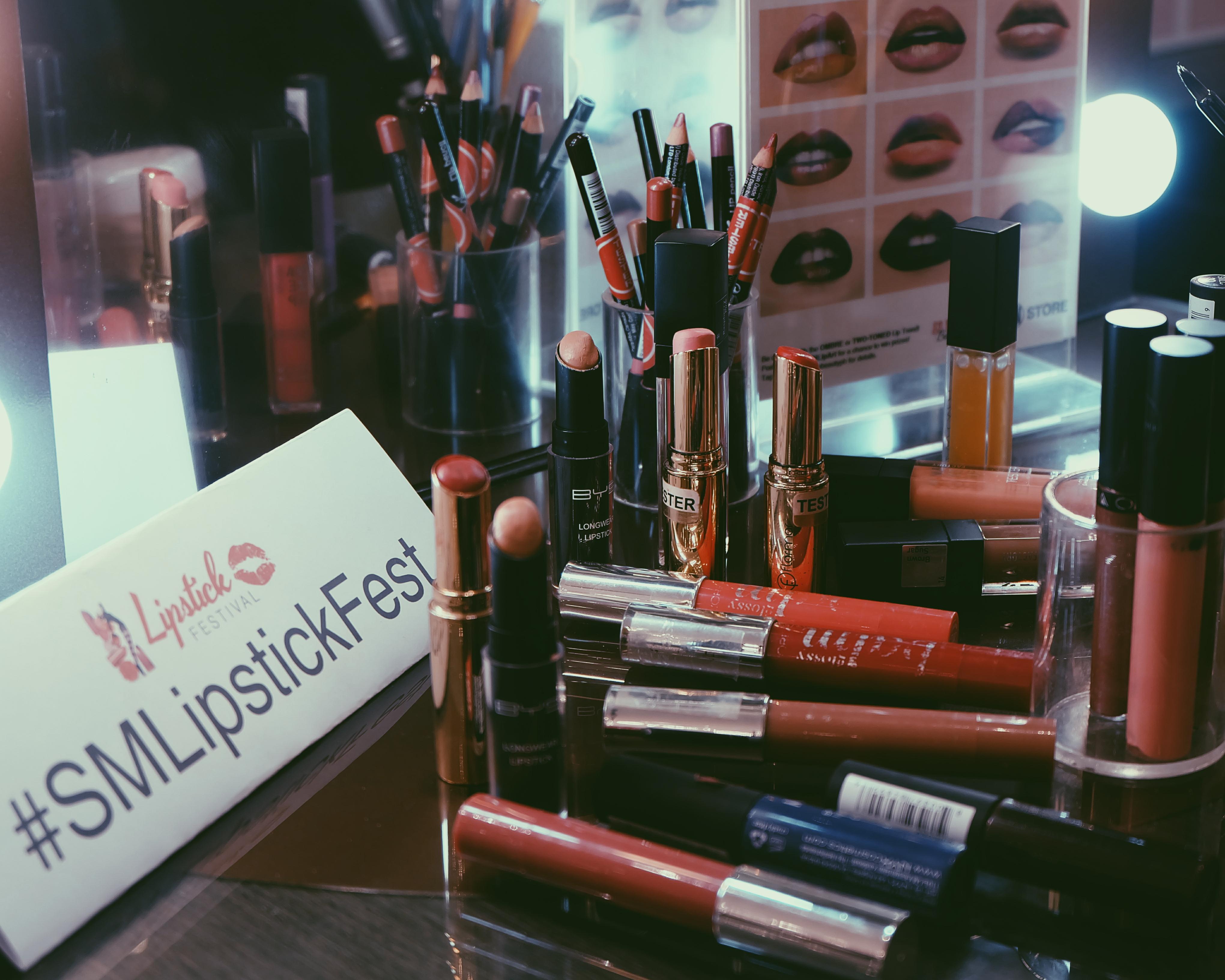 sm lipstick fest