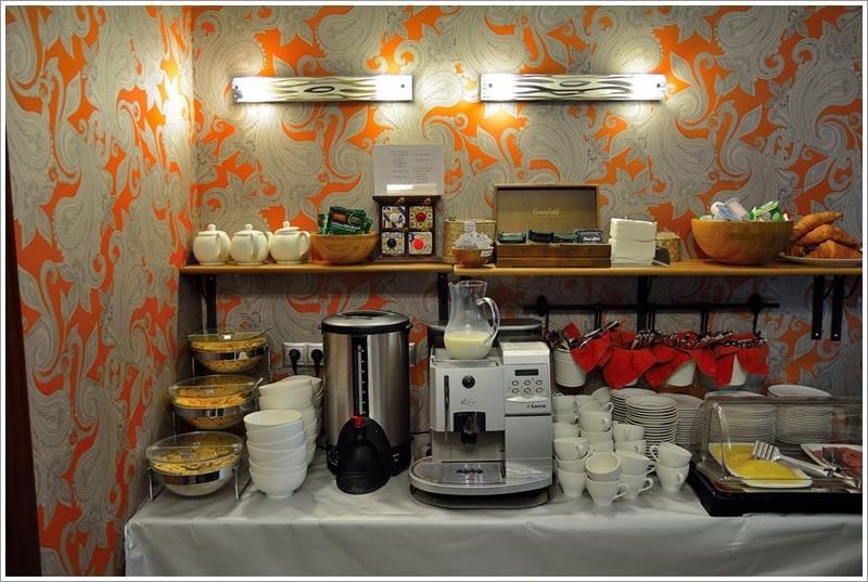 1阿文特酒店早餐