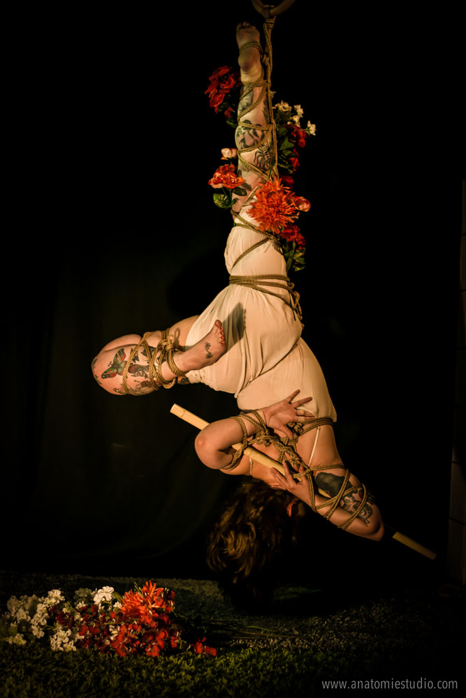 shibari session at Anatomie Studio with gestalta and sophia
