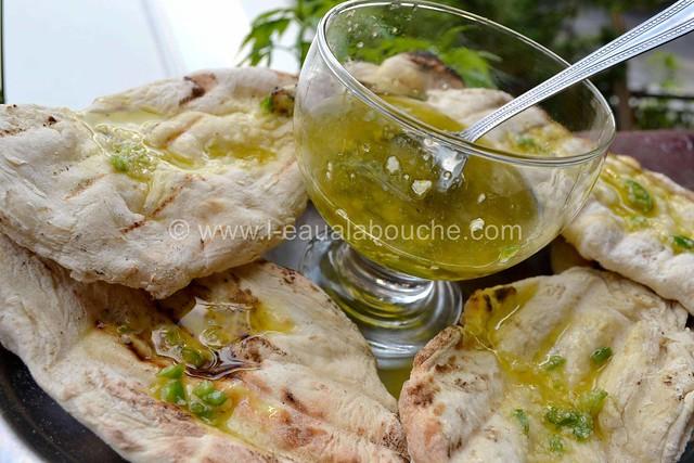 Galettes de Pain Grillées au Barbecue Sauce Piquante © Ana Luthi Tous droits réservés  009