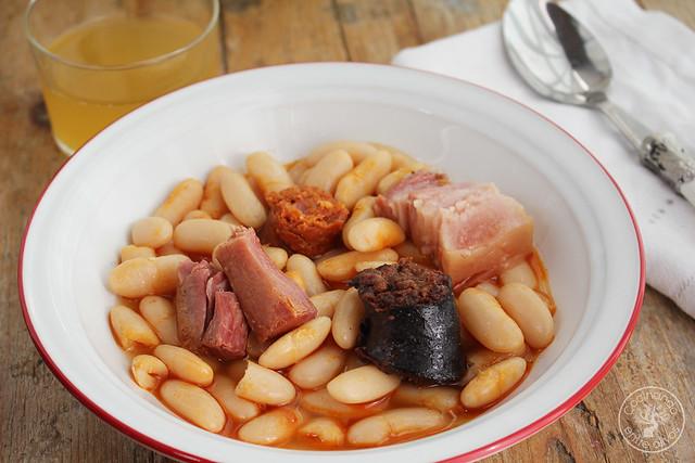Fabada asturiana receta www.cocinandoentreolivos.com (11)