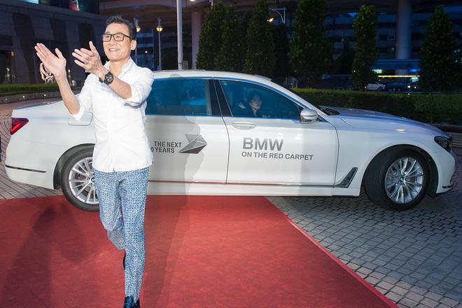 [新聞照片一] 影帝指定品牌 BMW 740Li 擔任影帝梁家輝出席《寒戰2》影迷見面記者會禮賓專車
