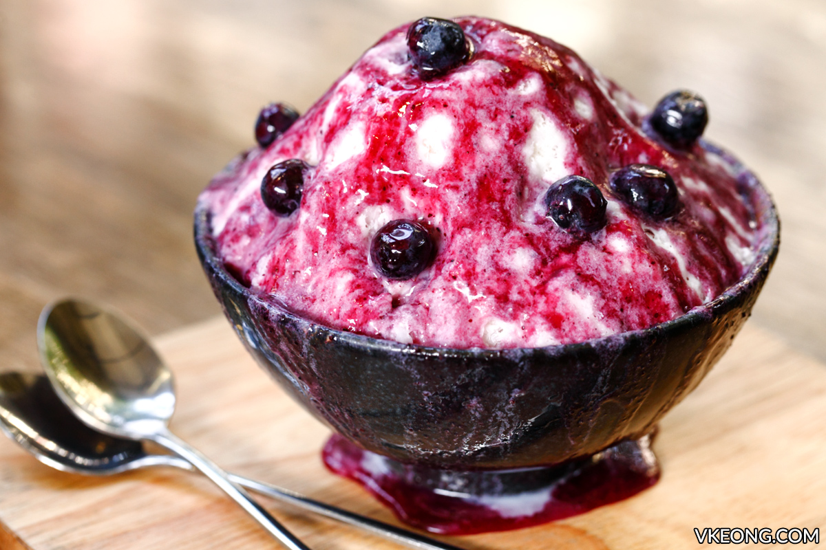 Doma Blueberry Cheesecake Bingsu