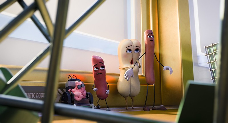 Scott Underwood, Michael Cera, Kristen Wiig and Seth Rogen are the life of the grocery products in SAUSAGE PARTY.