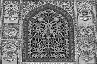 Jaipur - Amber Fort window details bw