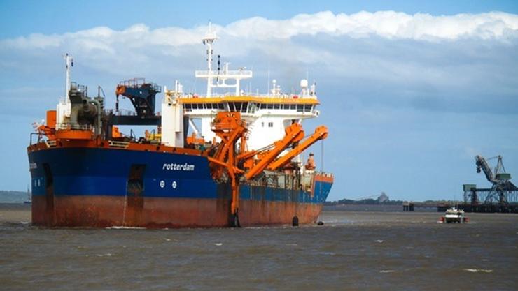 บริเวณท่าเรือขนถ่านหิน เมืองกลาดสโตน